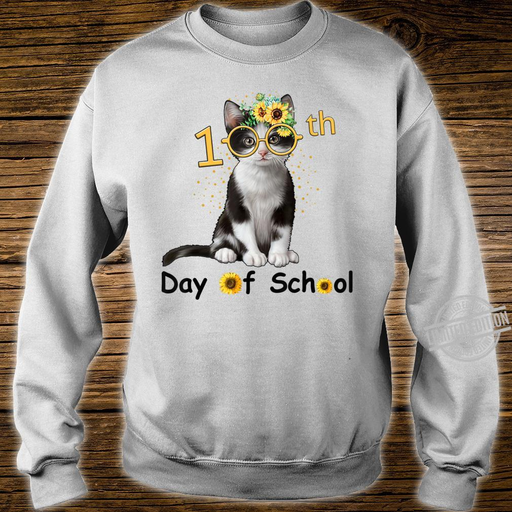 Cute Cat With Sunflower Happy 100th Day Of School Shirt sweater