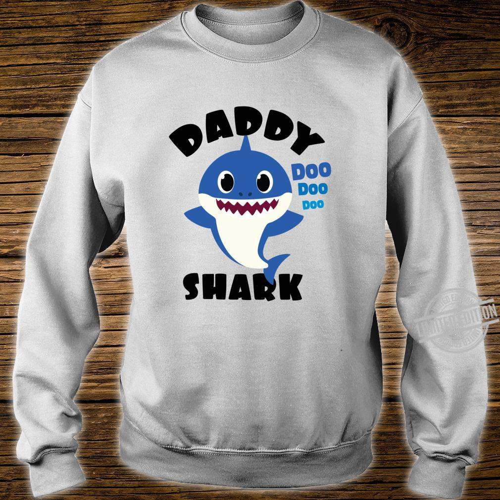 Daddy Shark for Dad Shark Baby Cute Matching Family Shirt sweater